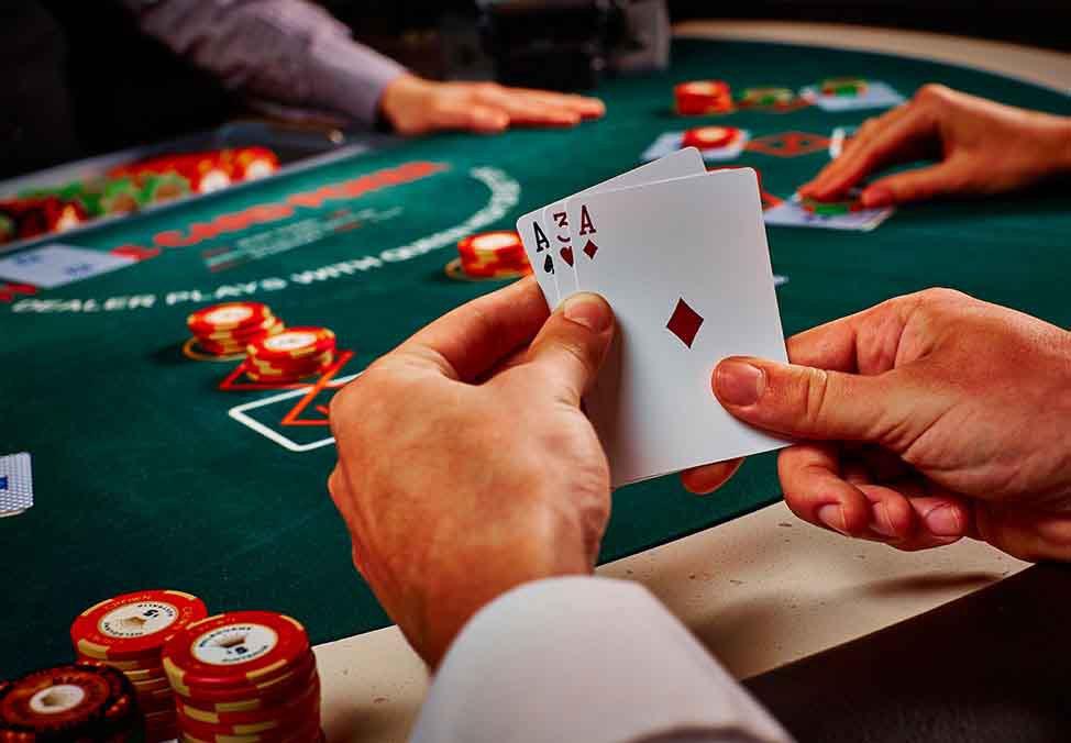 Casino holdem poker strategy