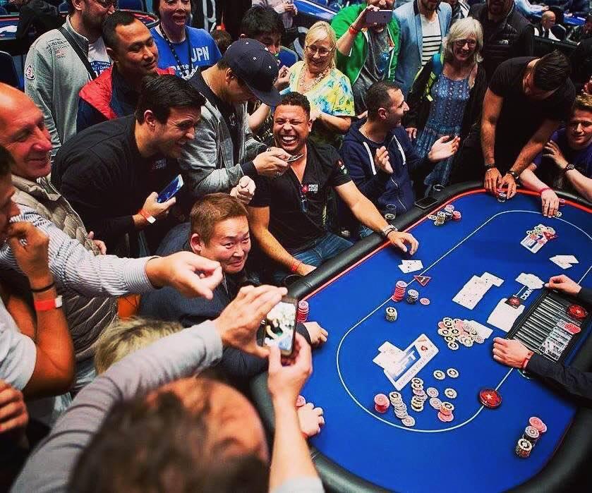 Покер турниры смотреть онлайн 2017 на русском казино вулкан реально